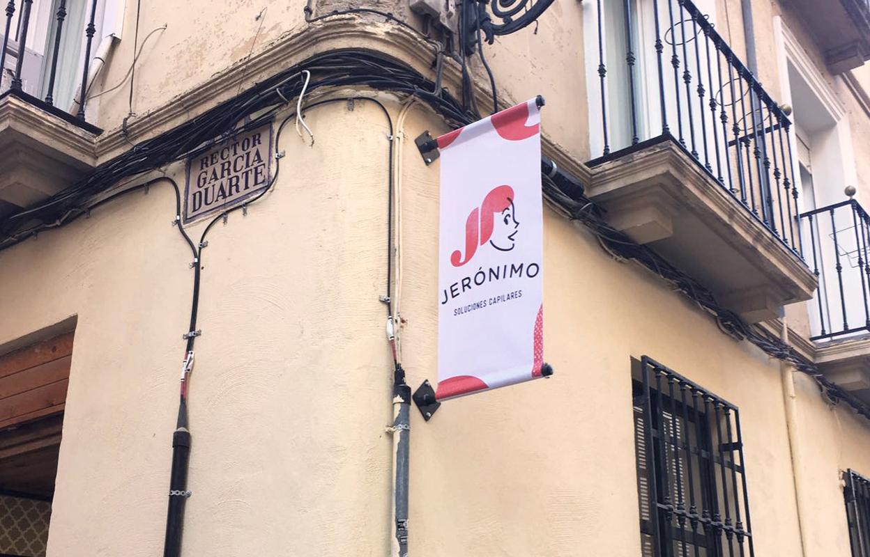 Imagen Jerónimo Pelucas img-left-big