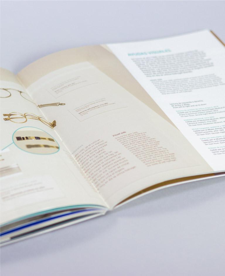 Diseño catálogo exposición momias del parque de las ciencias de granada Robots item-gallery-33
