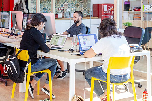 Ambiente de la oficina de Squembri en Granada