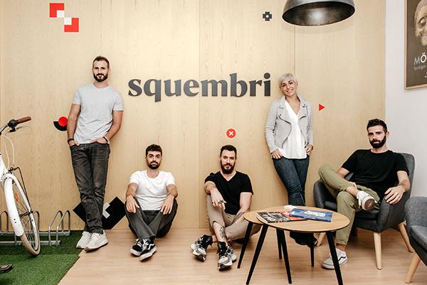 Equipo de diseño gráfico de la Agencia de publicidad Squembri